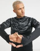 Nike - Therma Shield - Top med 1/4 lynlås i sort/grå-Sølv