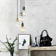 Avra - minimalistisk hængelampe i messing