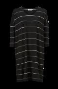 Kjole Nebine Dress